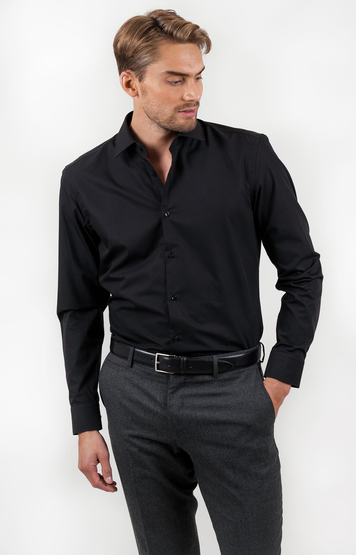svart skjorta med stretch poplin super slim fit sverige finns på ... 0c47ae3e7e00b
